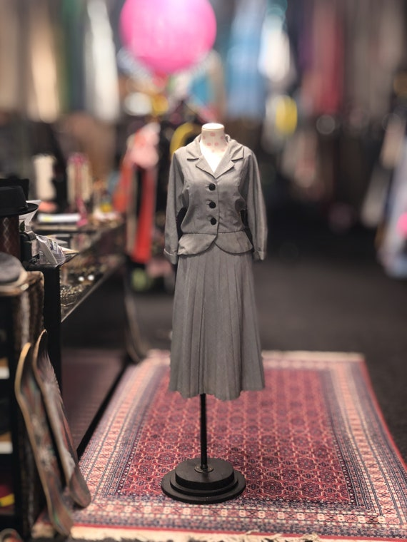 50s 2pc houndstooth suit with top and skirt