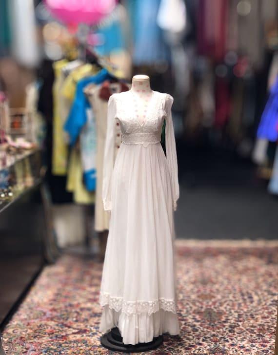 70s Gunne Sax white prairie style wedding dress