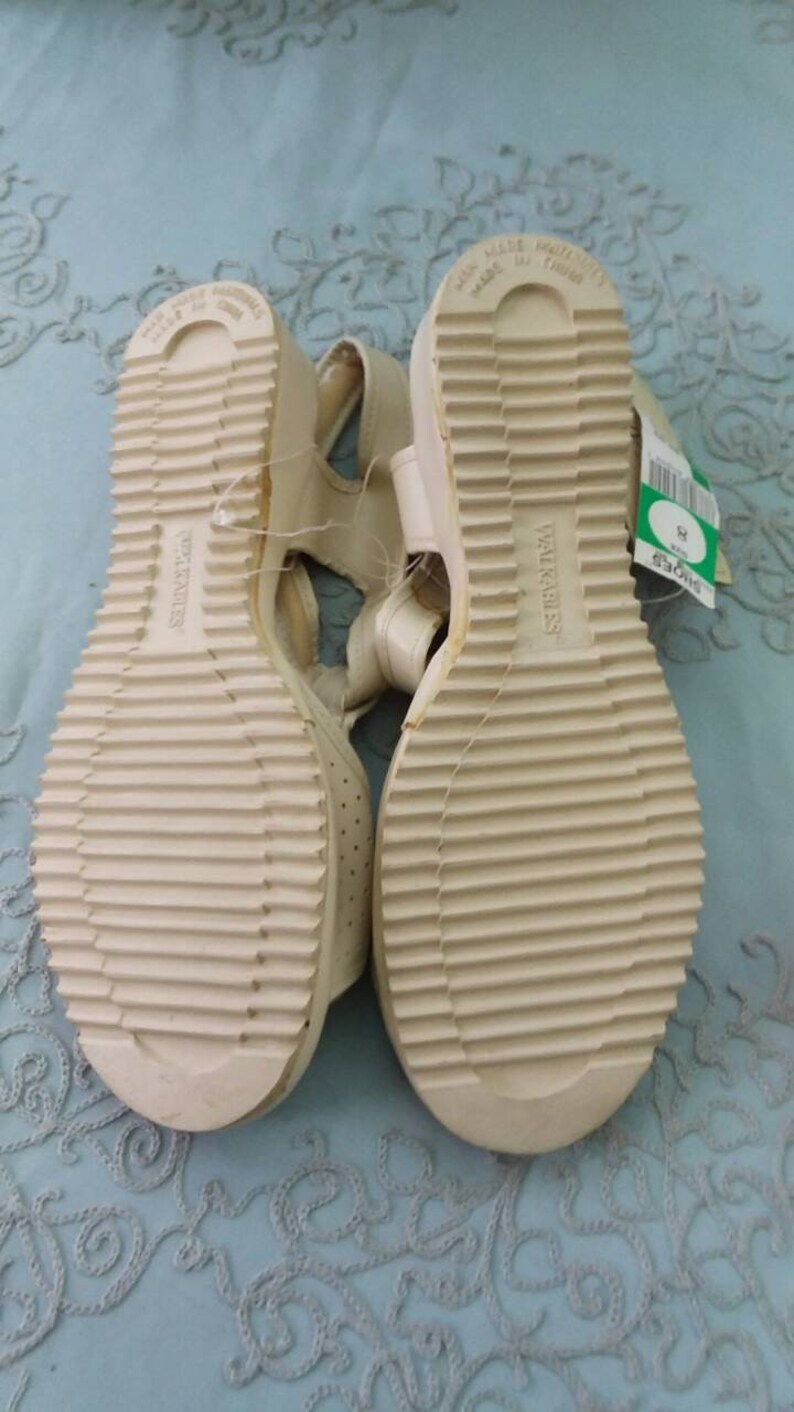 a1701be9022e8 Summer Sandals new with tags vintage 1980 comfy cushioned man made vegan  leather womens size 8 retro shoes sneakers flip flops beach pool