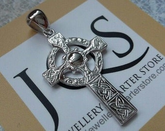 375 9CT GOLD CROSS CRUCIFIX 14MM POLISHED PENDANT CHARM FOR BRACELET OR CHAIN