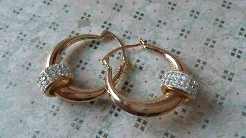 6f2df2e8f5e12 9ct Yellow Gold 15mm CZ Ring Sparkle Modern Fashionista Creole Hoop Earrings