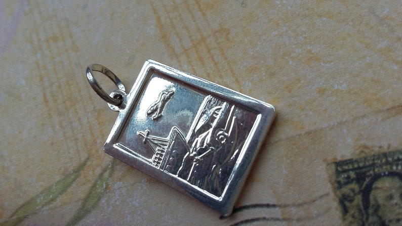 Gift Boxed Travellers 925 Silver 20mm Double Sided St Christopher Pendant