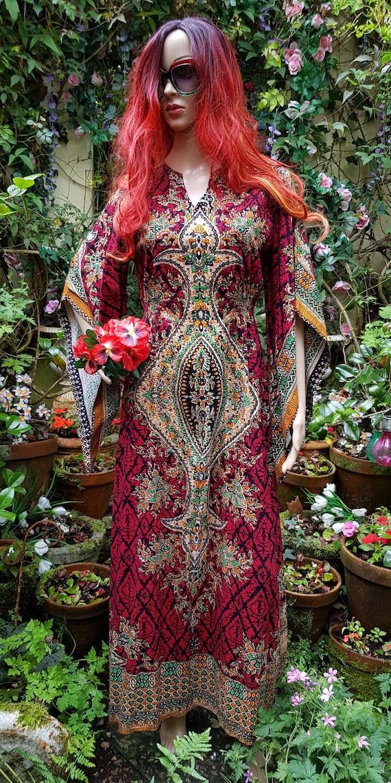 Gorgeous Vintage 1970s/80s Red Batik Cotton Kaftan