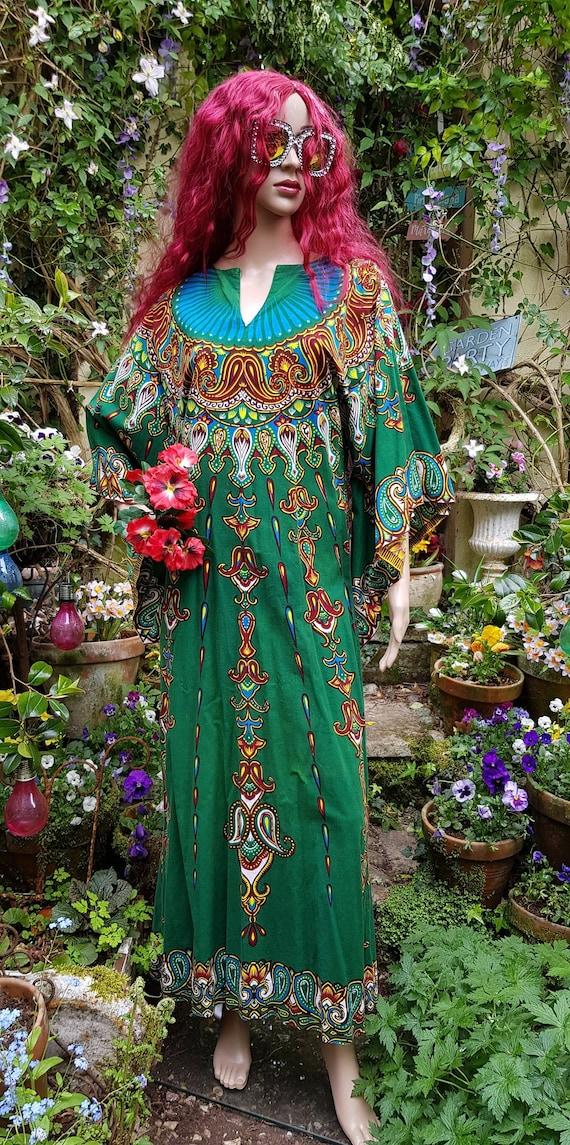 Stunning Vintage 1960's/1970s Dark Green Kaftan wi