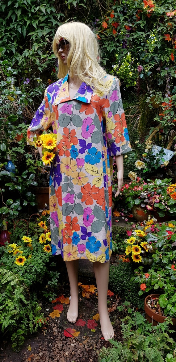 Cute Vintage 1980s Multicoloured Floral Linen Midi