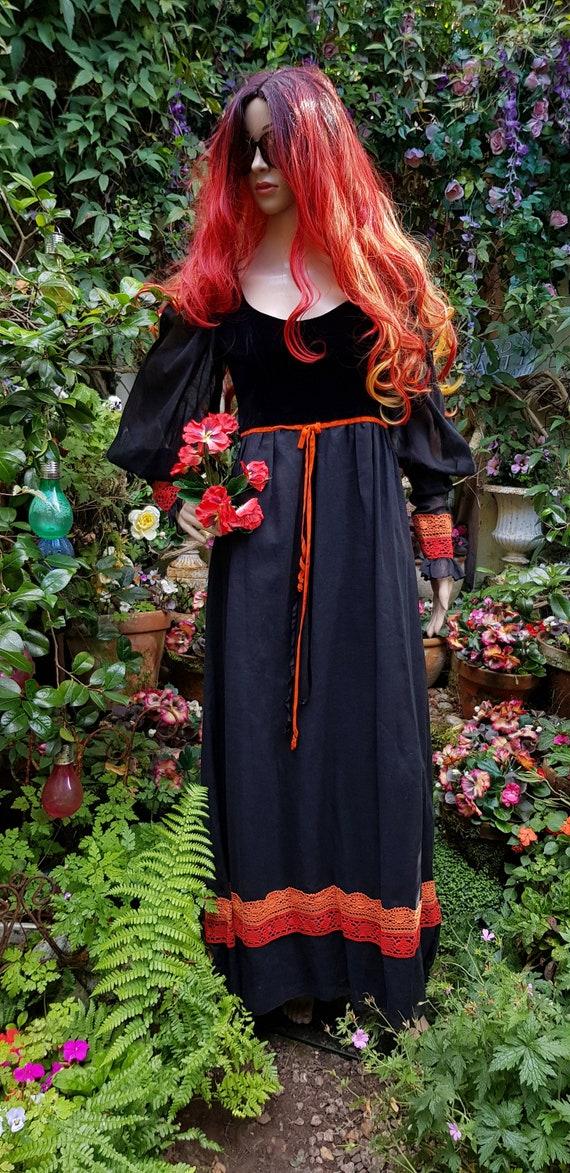Gorgeous Vintage 1970s Black and Orange Floaty God