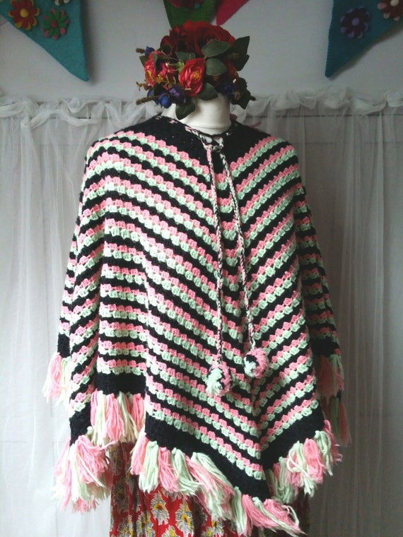 Lovely Vintage 1970s Handmade Pink, Mint Green and