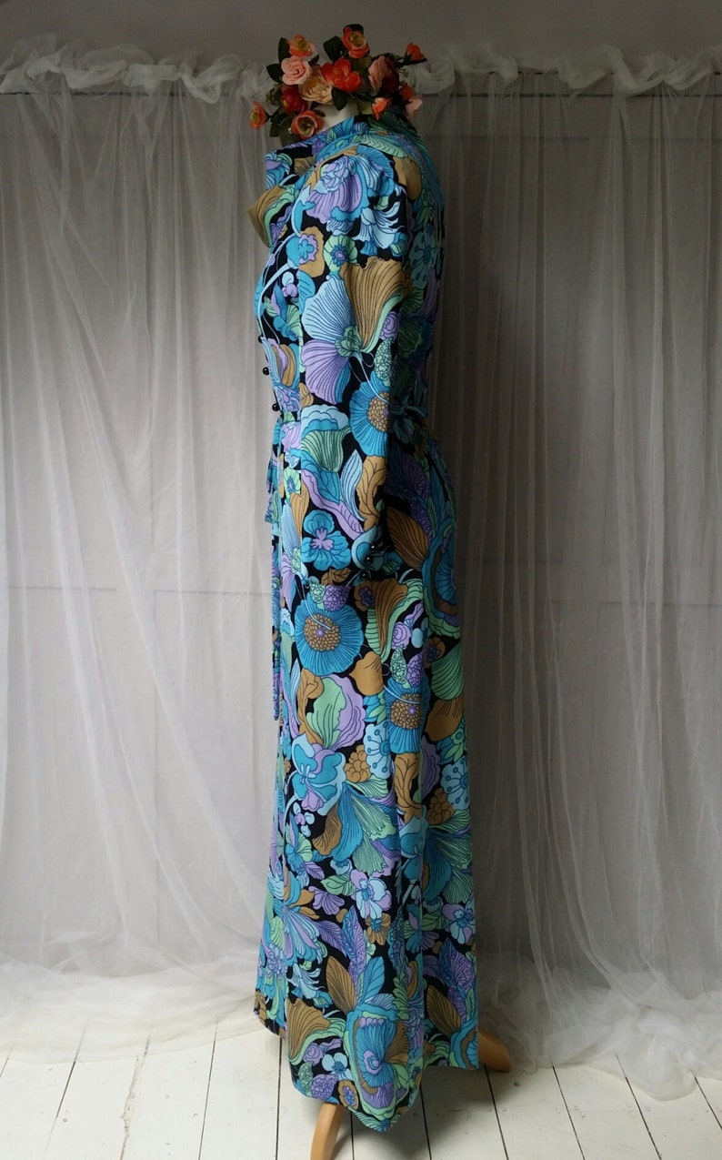 Striking Vintage 1970s Blue and Green Floral Belted Cowl Necked Maxi Dress 0363