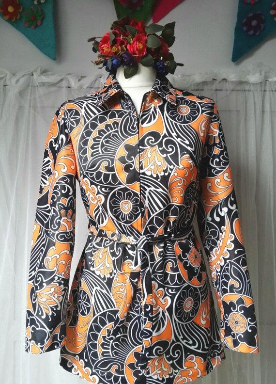 Fantastic Vintage 1970's Orange and Black Flower P