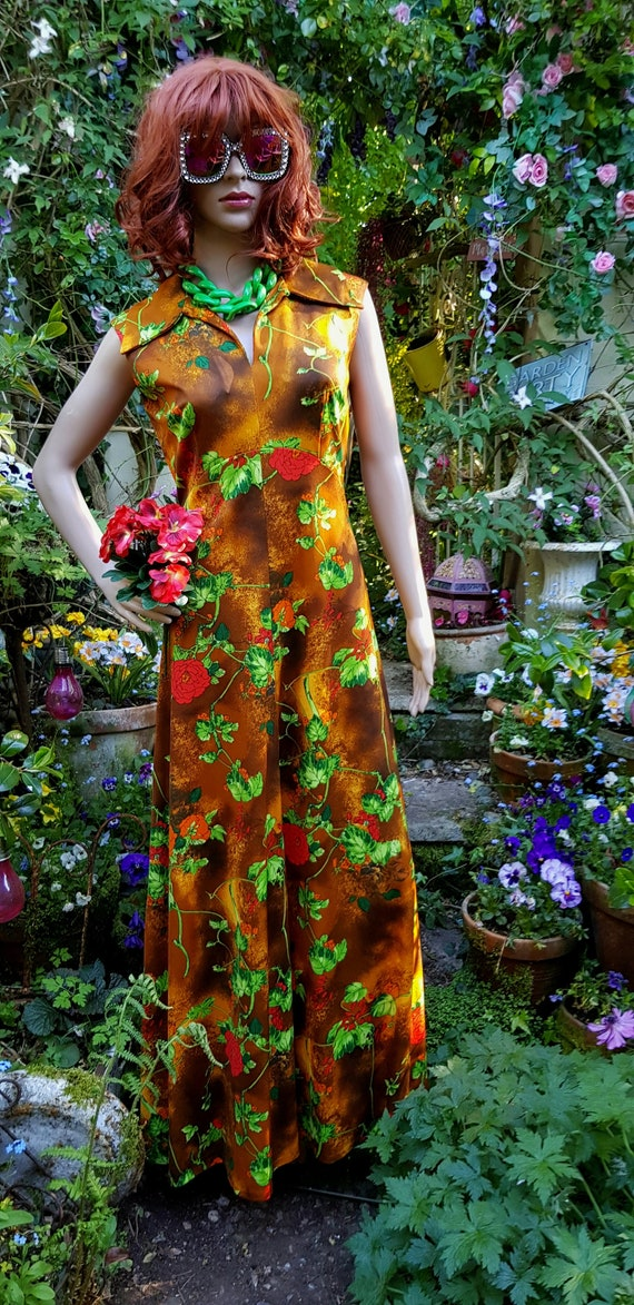 Stunning Vintage 1970s Brown, Orange, Green and Re