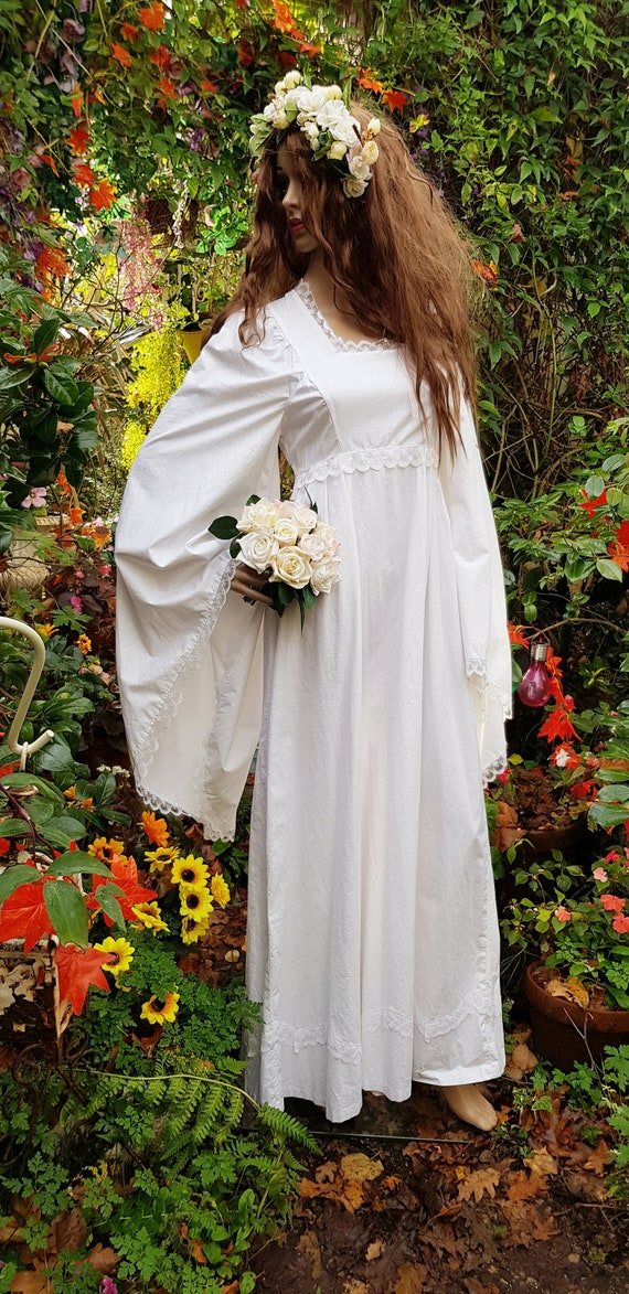 Stunning Vintage 1970s White Cotton and Lace Angel