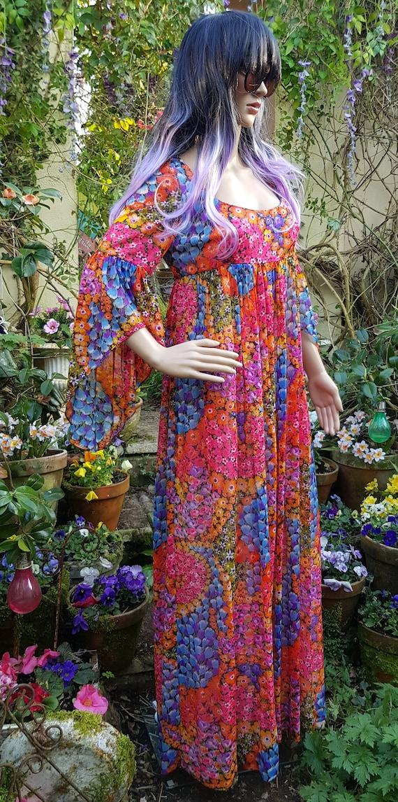 Amazing Vintage 1970s QUAD Rainbow Floral Flower P
