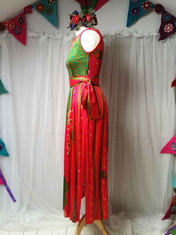 Gorgeous Vintage 1970s Susan Small Psychedelic Pi… - image 8