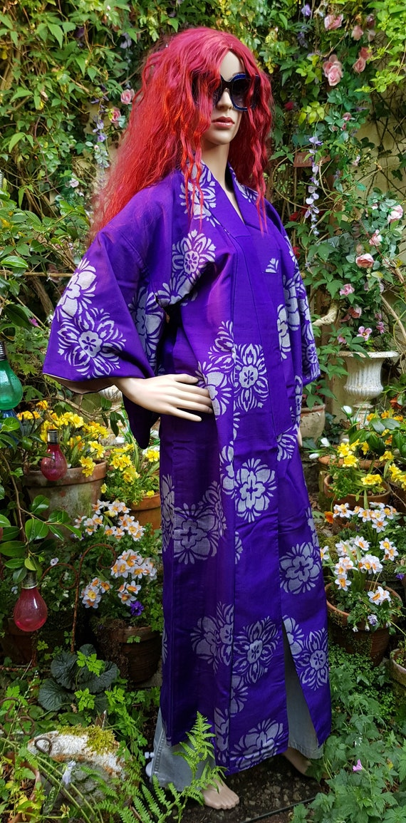 Stunning Vintage Antique 1920s Purple Silk Meisen