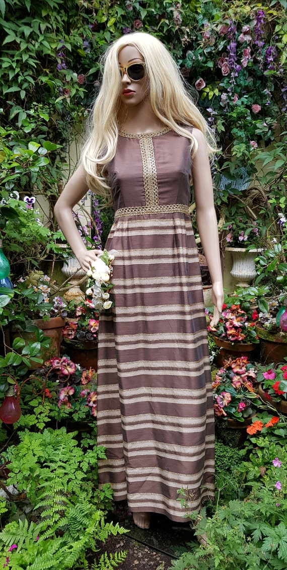 Gorgeous Vintage 1960s QUAD Brown, Cream and Gold