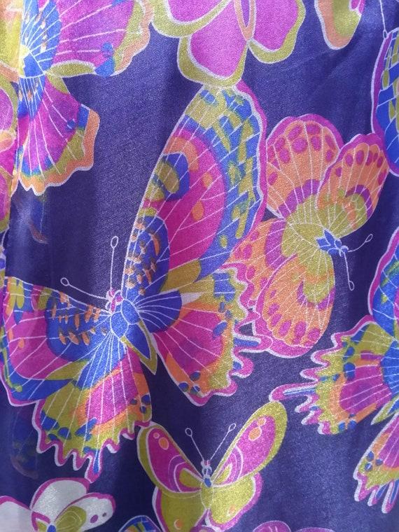 Striking Vintage 1960s Shimmering Purple Butterfly