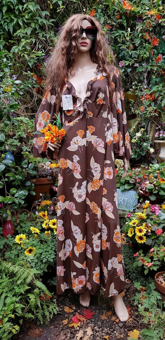 Funky Vintage 1970s Brown & Orange Floral Print L… - image 5