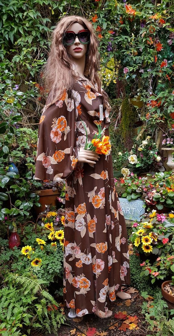 Funky Vintage 1970s Brown & Orange Floral Print L… - image 9