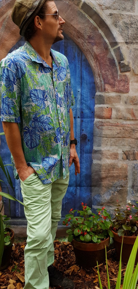 Funky Vintage Tommy Bahama Tropical Print Green an