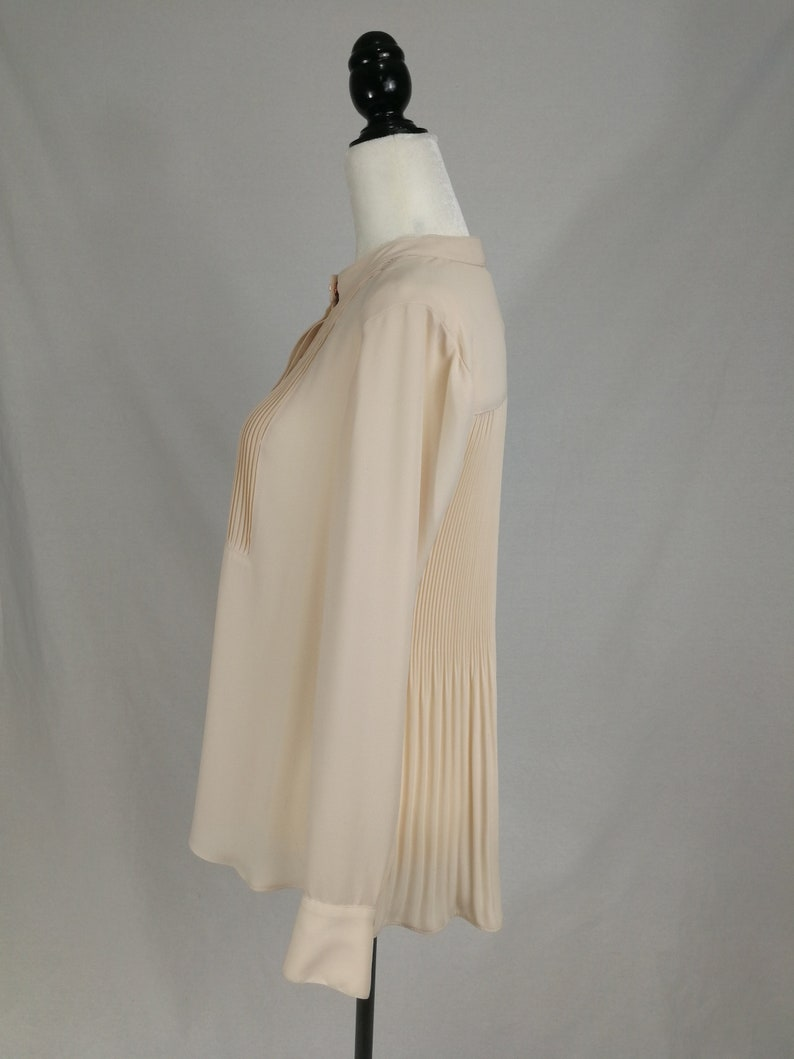 Stunning Minimalist| Delicate Rachel Roy Sz Neutral 70s Inspired Retro Semi-Sheer Blush Tone Blouse with Intricate Pleat Detailing| S