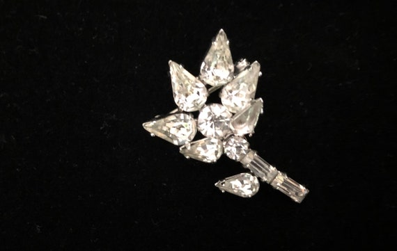 1940's Art Deco Small Rhinstone Brooch
