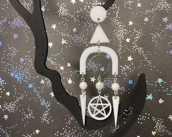 Lightweight Boho Geometric Gemstone Statement Dangle Earrings / Witchy and Boho / Stevie Nicks Style / Pentagram / Style Bellatrix