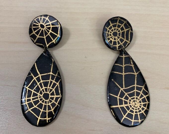 Handmade Spiderweb Earrings   Teardrop Shape   Unique   spooky   Perfect For Halloween