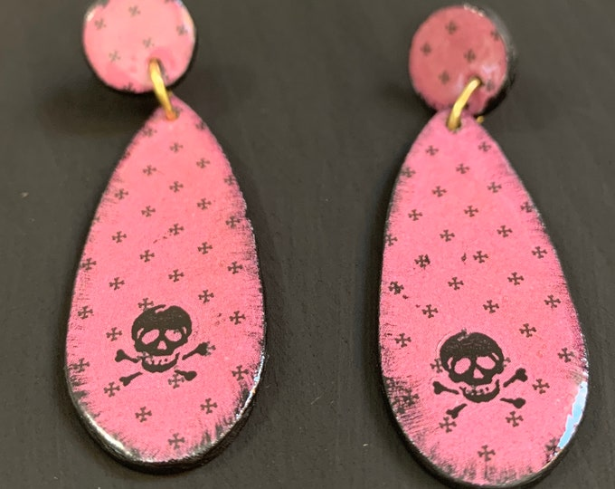 Mixed Media Earrings   Spooky Jewelry   Perfect For Halloween   Statement Earrings   Gift for Her   Skull And Crossbones