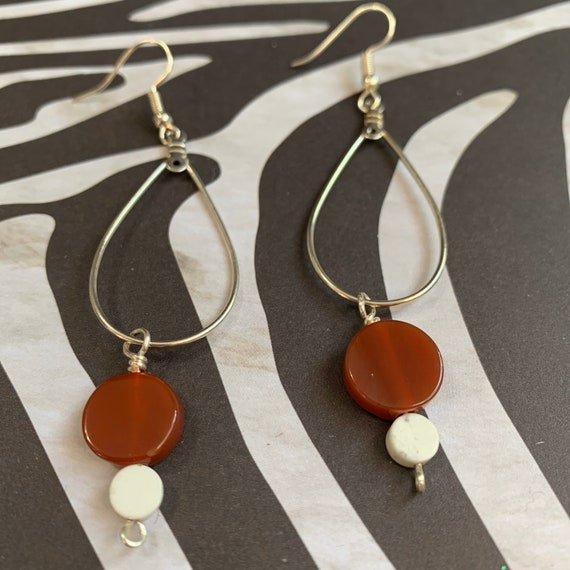 Unique Teardrop Earrings with Carnelian and Howlite Beads / Healing Stones
