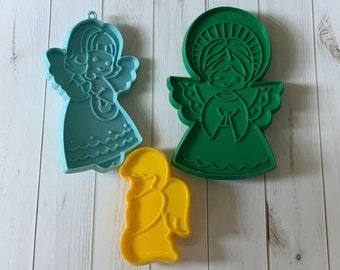 Vintage Christmas Cookie Cutters, Angels, Hallmark, Plastic, Retro Kitchen, Christmas Decor, Sugar Cookies, Christmas Party, 1980s
