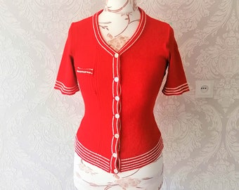Women's Vintage 70s Knit Cardigan Top / Buttoned Red Short Sleeves Knitted Cardigan / Size Medium  / Large