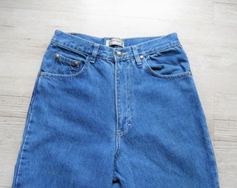 8e25eb8b172bb Vintage Versace Jeans   80s Mom Jeans   Hight Waist Jeans   Classic Light  Blue jeans   Made in Italy   Vintage clothing