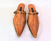 Vintage Cowboy Leather Mules Caramel Leather Mules Pointed Toe Slip On Block Heel Shoes Open heels Slippers Size 36 Made in Italy