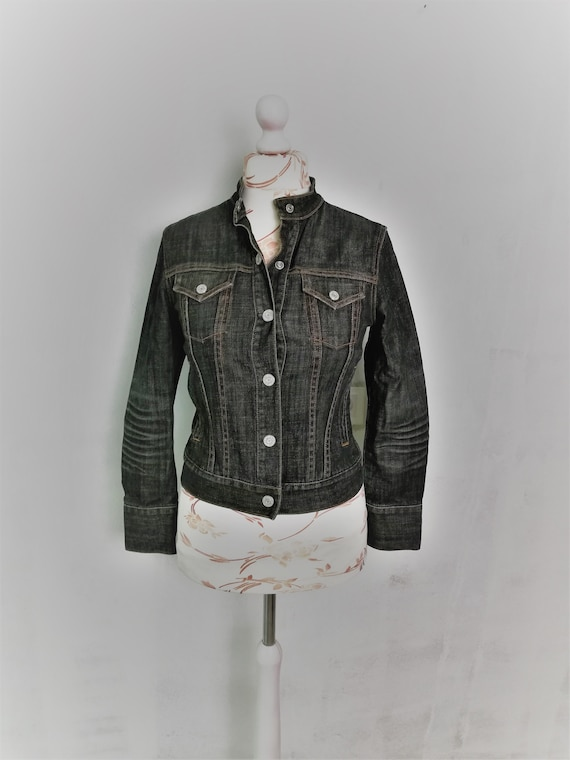 Gap Denim Jacket / Black Jeans Short Fitted Jacket