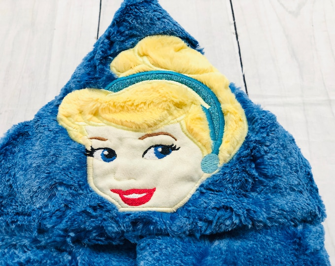 Cinderella Minky Hooded Blankets (+ FREE NAME EMBROIDERY)