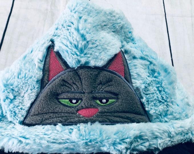 Chloe (Secret Life of Pets) Minky Hooded Blankets (+ FREE NAME EMBROIDERY)