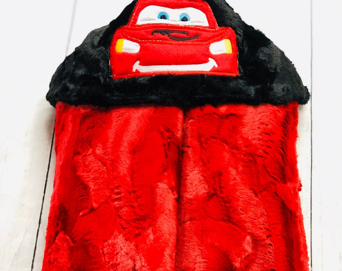 Lightning McQueen (Cars) Minky Hooded Blankets (+ FREE NAME EMBROIDERY)
