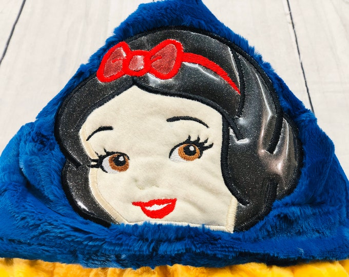 Snow White Hooded Blankets ( + FREE NAME EMBROIDERY)
