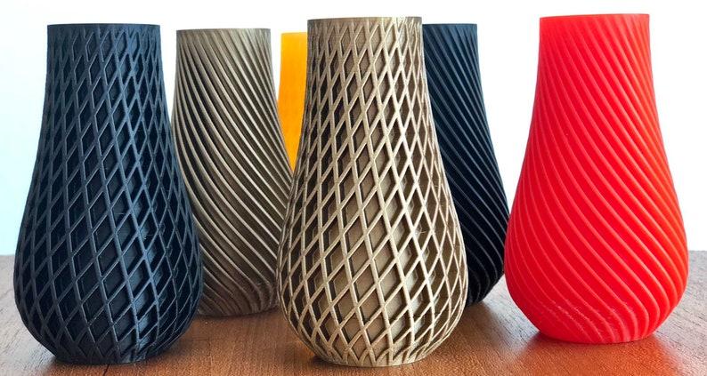 Spiral Vase make up brush holder pen holder single bloom image 0