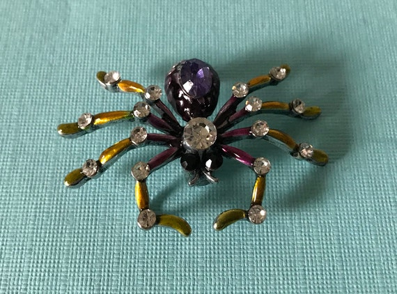 Rhinestone spider brooch, purple spider brooch, ye