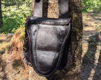 Black Powder Hunting Pouch / Shooting Bag with Beaver Tail Flap