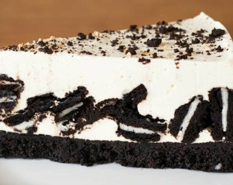 Oreo Cheesecake signature NY Bakery style cheese cake GoodNBaked bakery Gifts Send to mom for a mothers day gift