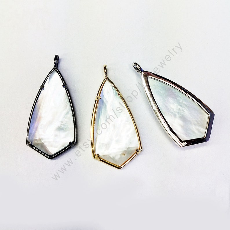 white shell pendant drop shape pendant bezel charm for necklace making L395 Natural shell pendant pave clear quartz pendant
