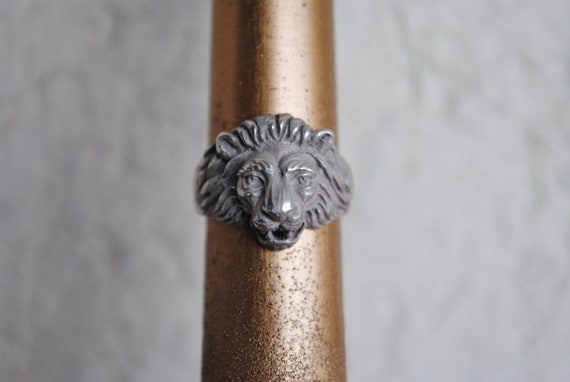 Silver lion ring •Mens silver ring • Unisex lion r