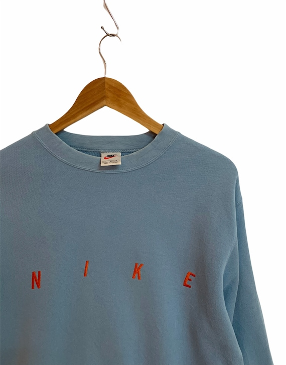 vintage 90s nike sweatshirt spellout logo 90s outf