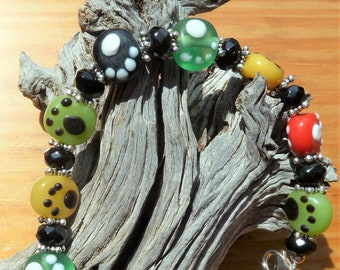 Multi-Colored Paw Print Beaded Bracelet