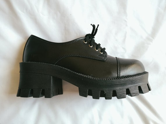 90's Leather Platform Shoes (Deadstock)