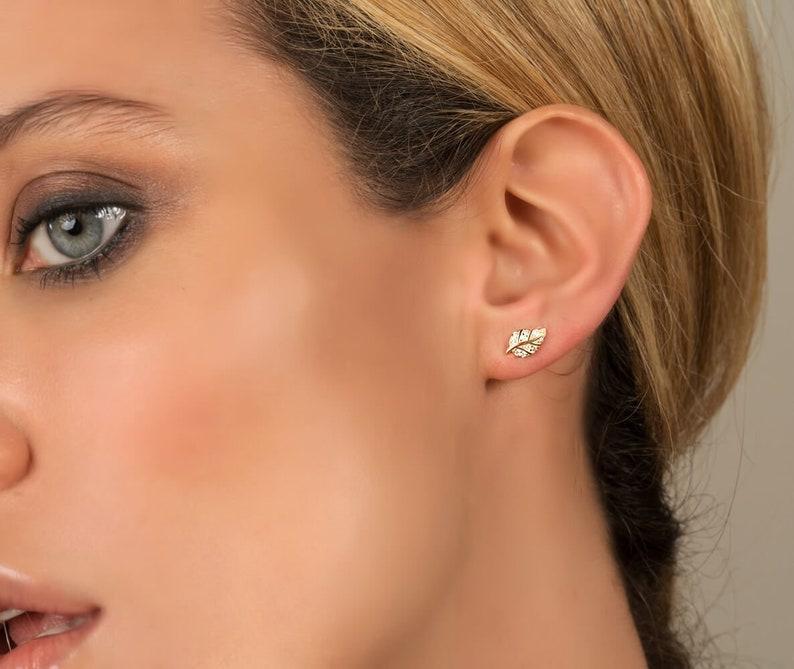 Cute Silver Bird Shape Stud Earrings Ear Stud For Girl Fashion Jewelry Gifts
