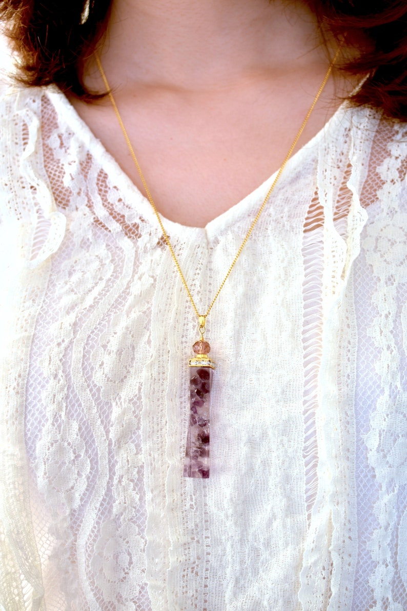 Amethysts Quartz Necklace Glow in the Dark Purple Crystal Gold Necklace Personalised Birthstone Jewelry Violet Gemstone Pendant Mother Gift