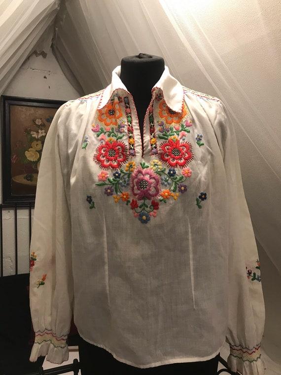 1940s vintage cotton Hungarian blouse